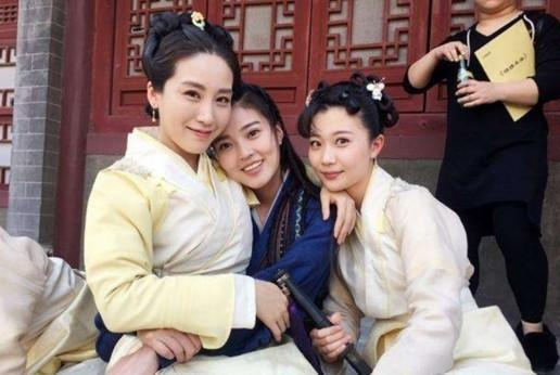 """《红楼梦》女演员嫁入豪门后发现自己成""""代孕妈妈""""?儿子被抢走"""