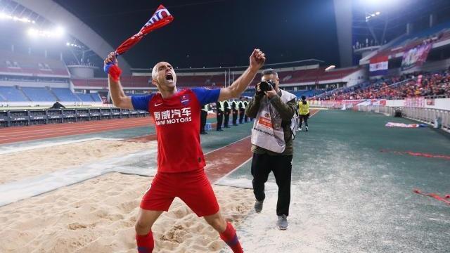 重庆再现引外援捡漏绝学 阿德里安带来了整体足球
