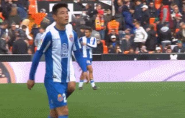武磊西甲首发4镜头告诉你:队友传球真不如中超外援!