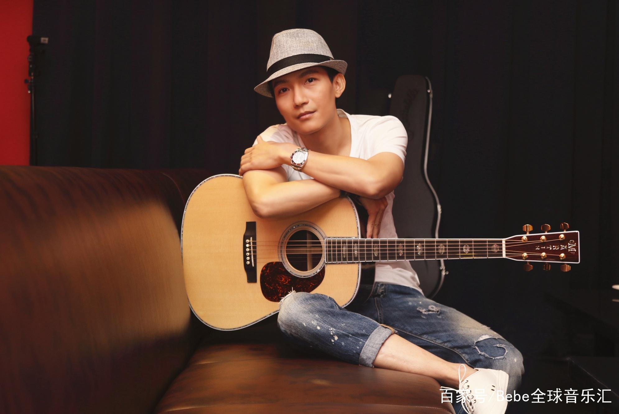 陈楚生踢馆歌手让网友惊喜不已,大家还记得他那首校园歌曲吗?