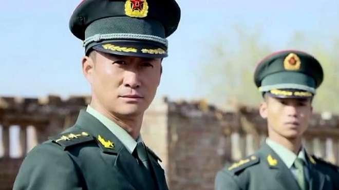 战狼:小混混欺负到解放军头上了,中国人民解放军可不是好惹的!