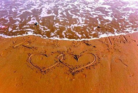 若相爱的两个人此生无缘做夫妻,那就做个特别的爱人
