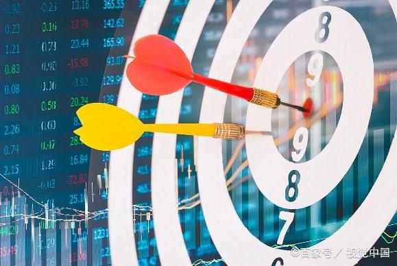 如何参考股市的触底反弹呢