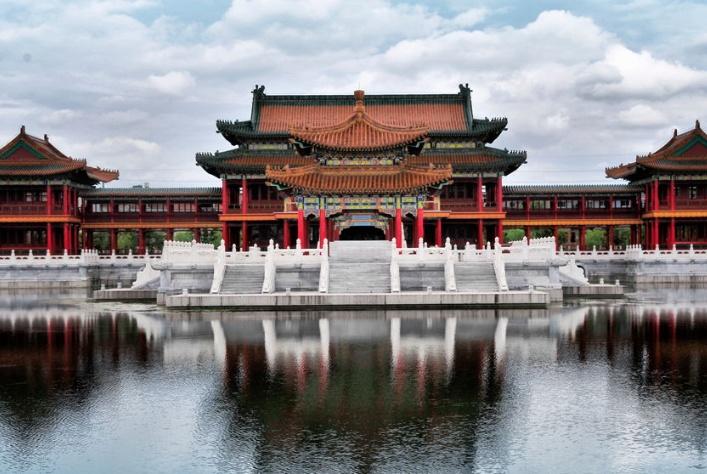 """中国""""最牛的山寨景区"""",大部分是仿造建筑,门票却能比原版贵?"""