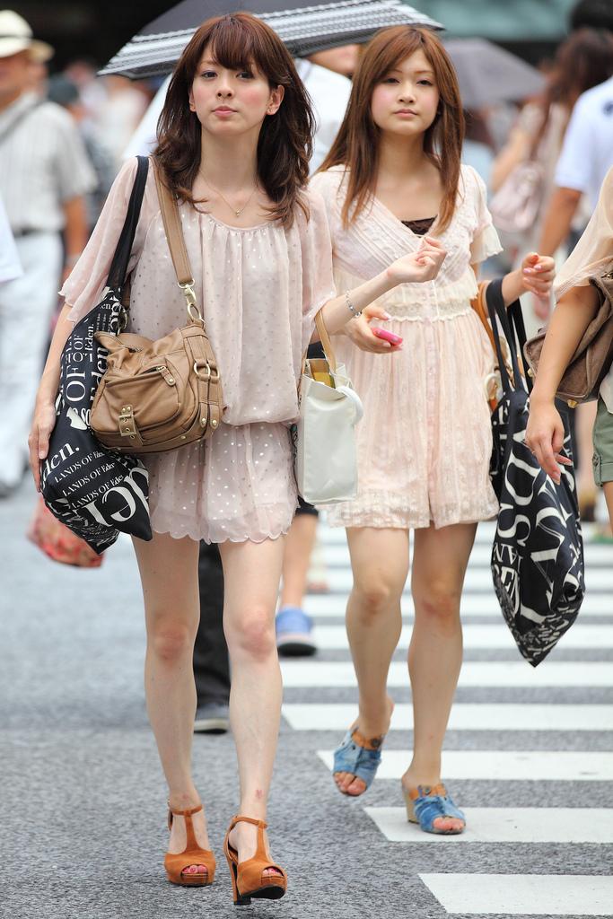 去韩国旅游淫乱_去韩国旅游时不要穿这种裙子,不然会