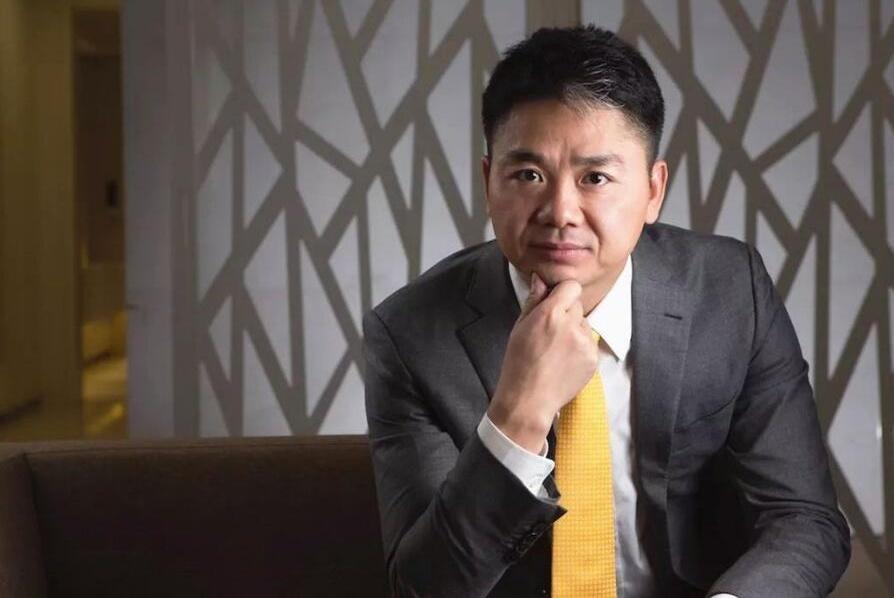有勇有谋刘强东,痛斥高管,是发泄情绪,还是下定决心要改变?