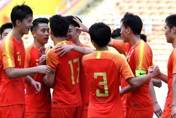 屈居第三!中国足球3比2踢出唯二铁血之师:18岁双子星大爆发