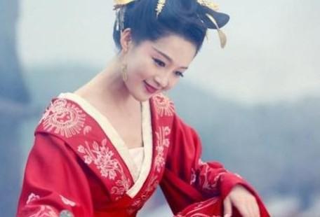 李沁可以说是古装美人的前三