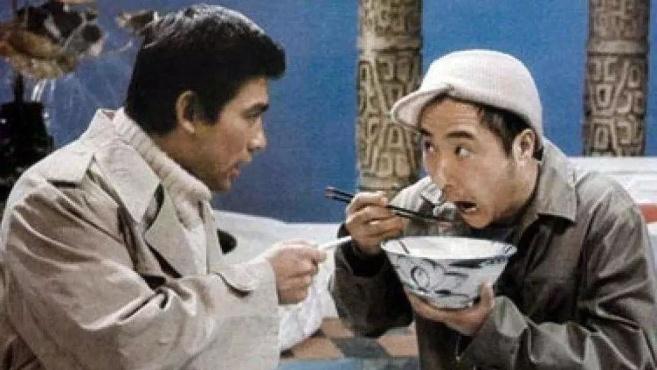 """黄一鹤去世丨成就陈佩斯朱时茂《吃面条》,顶住压力放""""靡靡之音"""""""