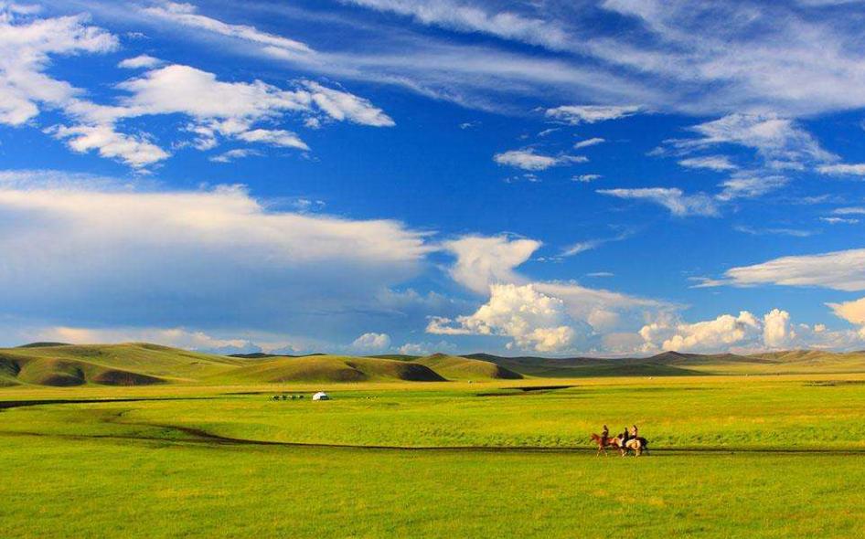 最值得去的草原旅游景点推荐
