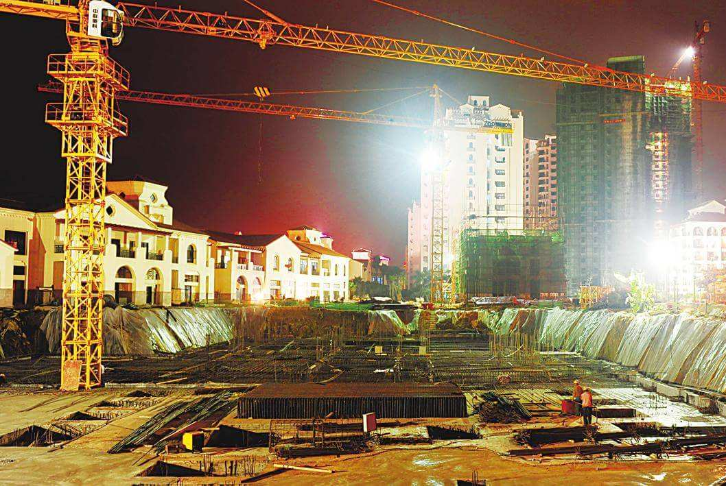 经济学家:楼市疯狂可能再次启动,开发商抢拍土地