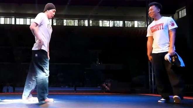 KOD街舞比赛,两位大神杨文昊和冯正之间的PK,你更喜欢谁?