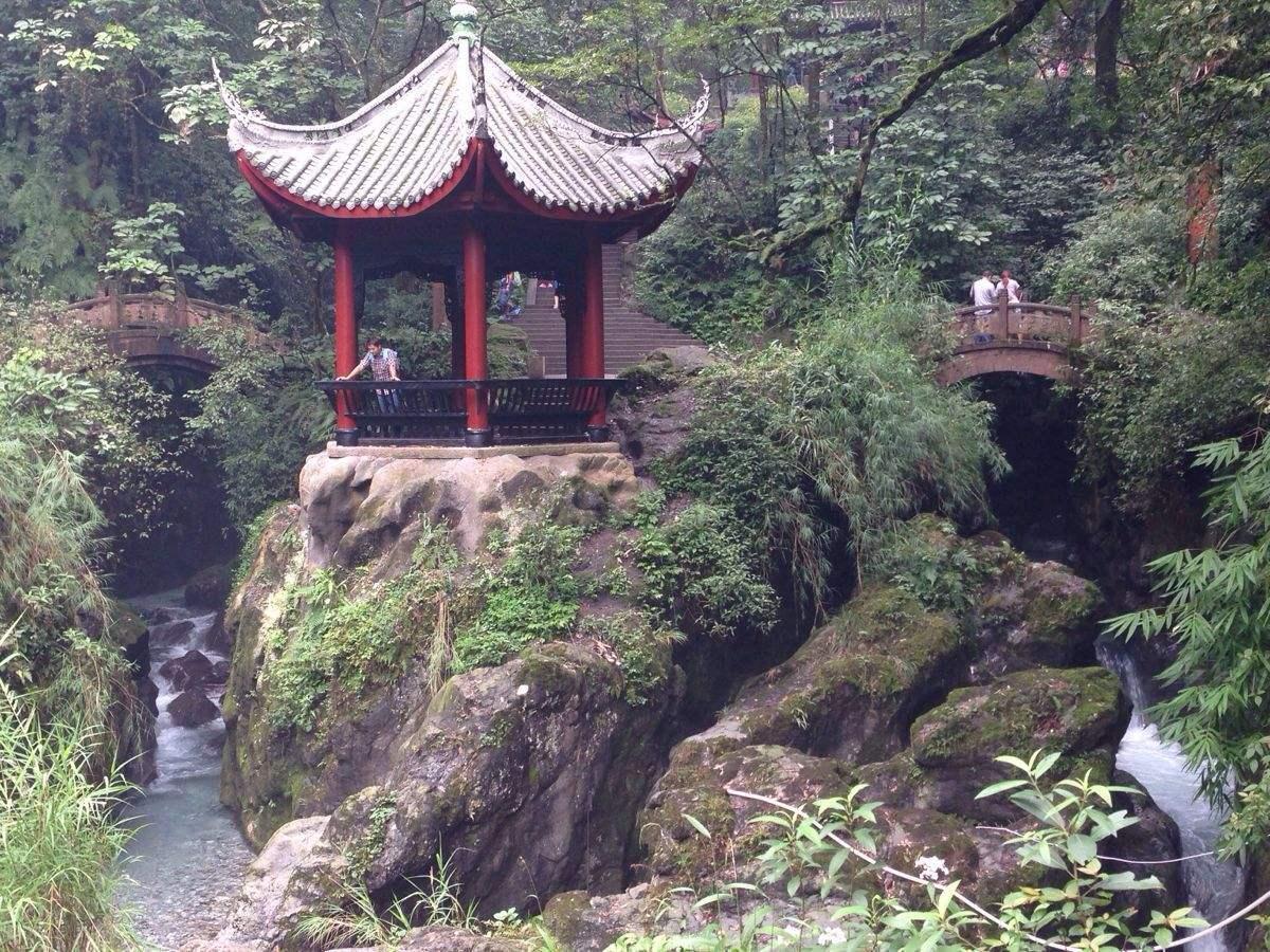 3 乐山·双桥清音 开放时间:峨眉山景区开放时间7:00-18:00(旺季