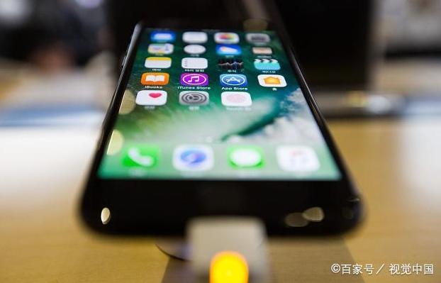 苹果的用户比大家想象中数量高,因为不是所有人都买行货