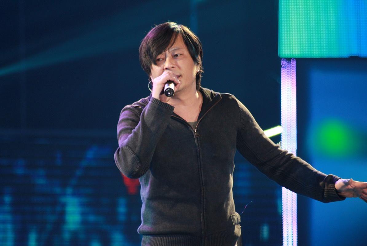 曾被誉为天王杀手,最红时张曼玉客串MV,如今却被人遗忘
