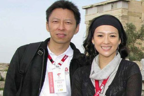 谢佳妤正式回应与张朝阳的恋情,女方年纪轻轻已是传媒公司老总