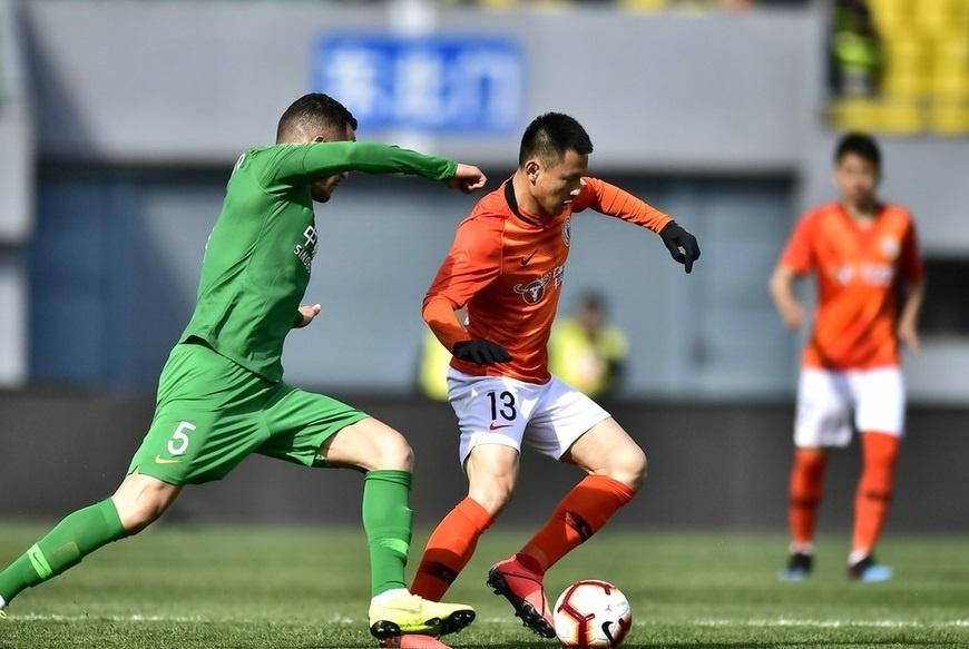归化球员首秀,中国足球迎里程碑时刻!国安胜人和中超三连胜!