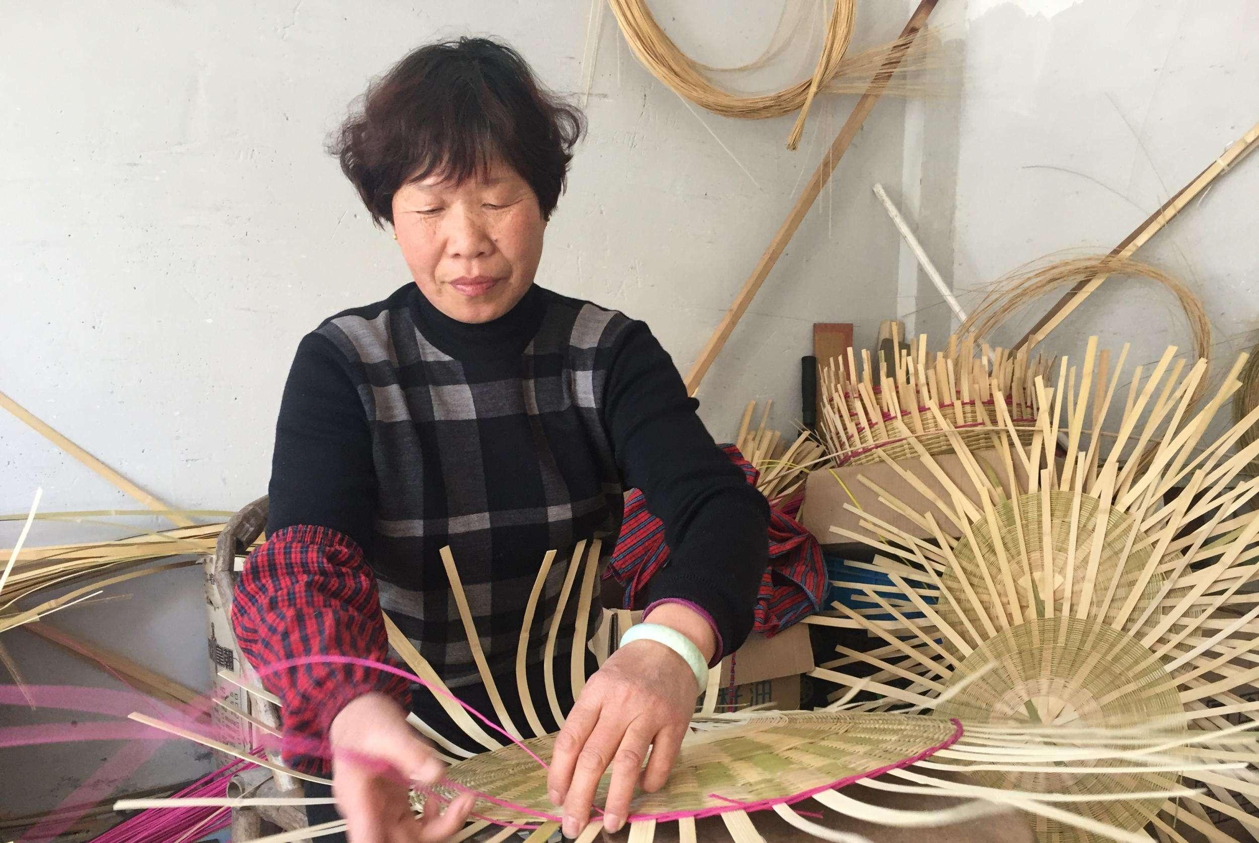 竹编生活用品,以前农村很常见,你用过几种?