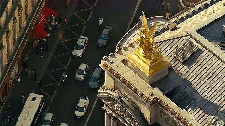 巴黎危机片段:典型的好莱坞式动作电影,场面炸裂,打戏燃爆全场