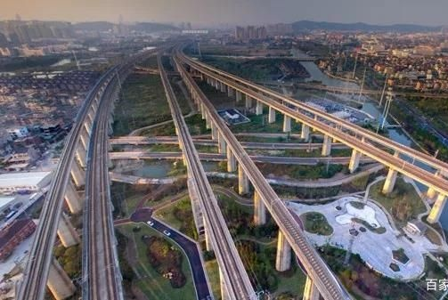 今纶:中国正迎来头部时代,聪明人该何去何从?