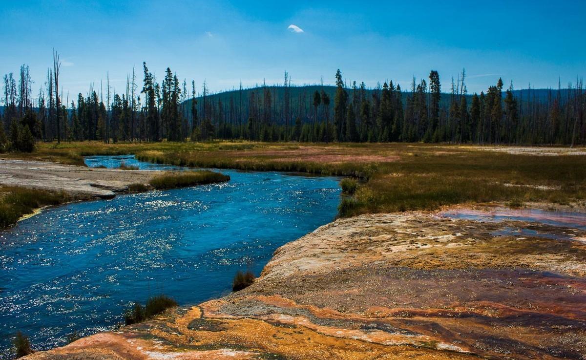 世界自然遗产美国黄石公园 温泉峡谷瀑布河流美丽壮观