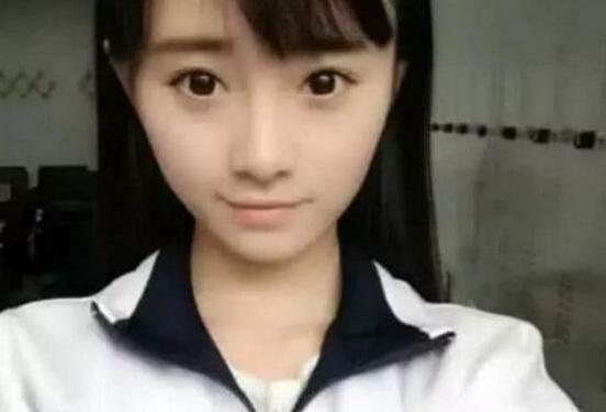 鞠婧祎自曝上学时没人追,看了她的学生照后,网友:没人追很正常