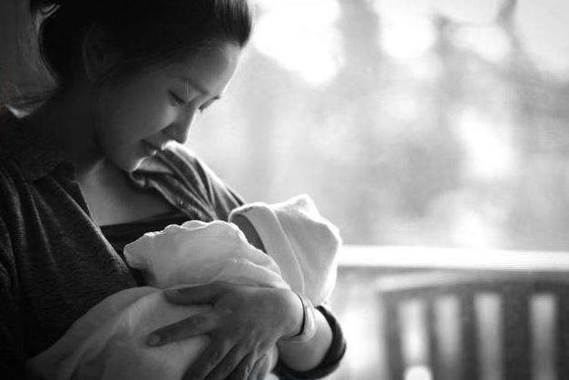 产后忧郁的五个层次,很多宝妈在临界点打转悠,拉一把就上来了