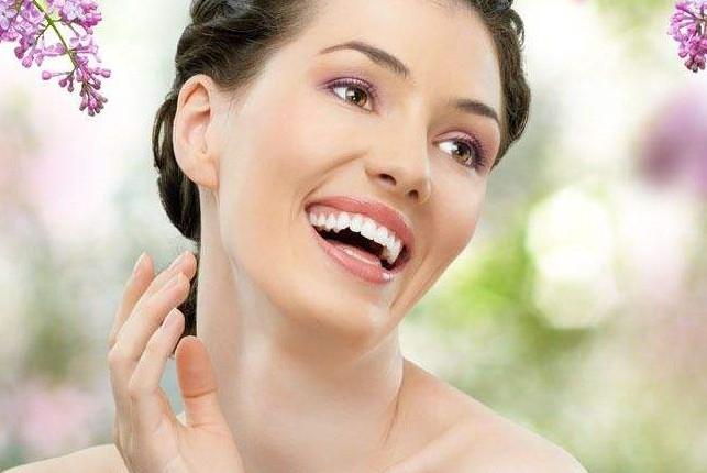 生姜加它每天坚持涂抹脸,一周斑点消失,肌肤嫩白如婴儿