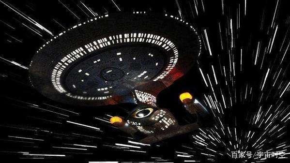 乘坐飞船光速飞往250万光年外仙女座星系,是否一瞬间就到了?