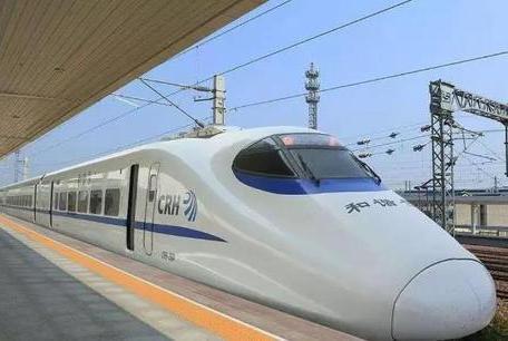 沈阳至北京D52次列车发生故障 全体乘客换车
