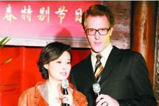 46岁袁立亲自回应生子传闻,语言幽默显情商:如果想有,会有更多