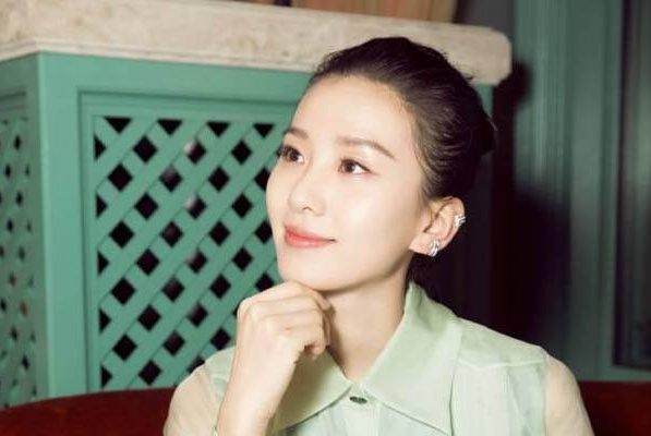 刘诗诗自曝上学没人追,当看到她大学时照片,粉丝直言太谦虚了