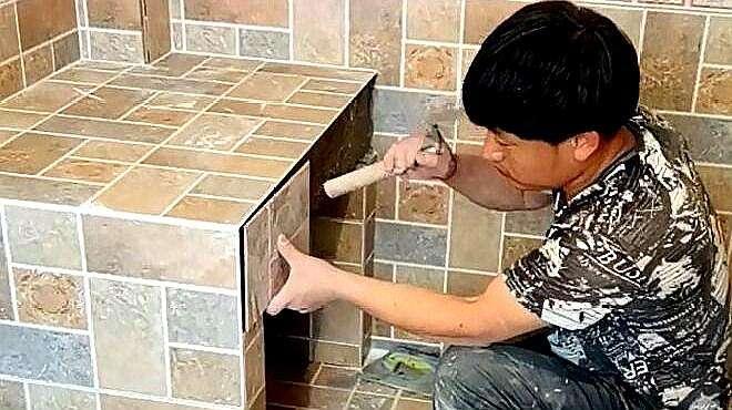 小伙贴瓷砖了得,你是如何做到的?