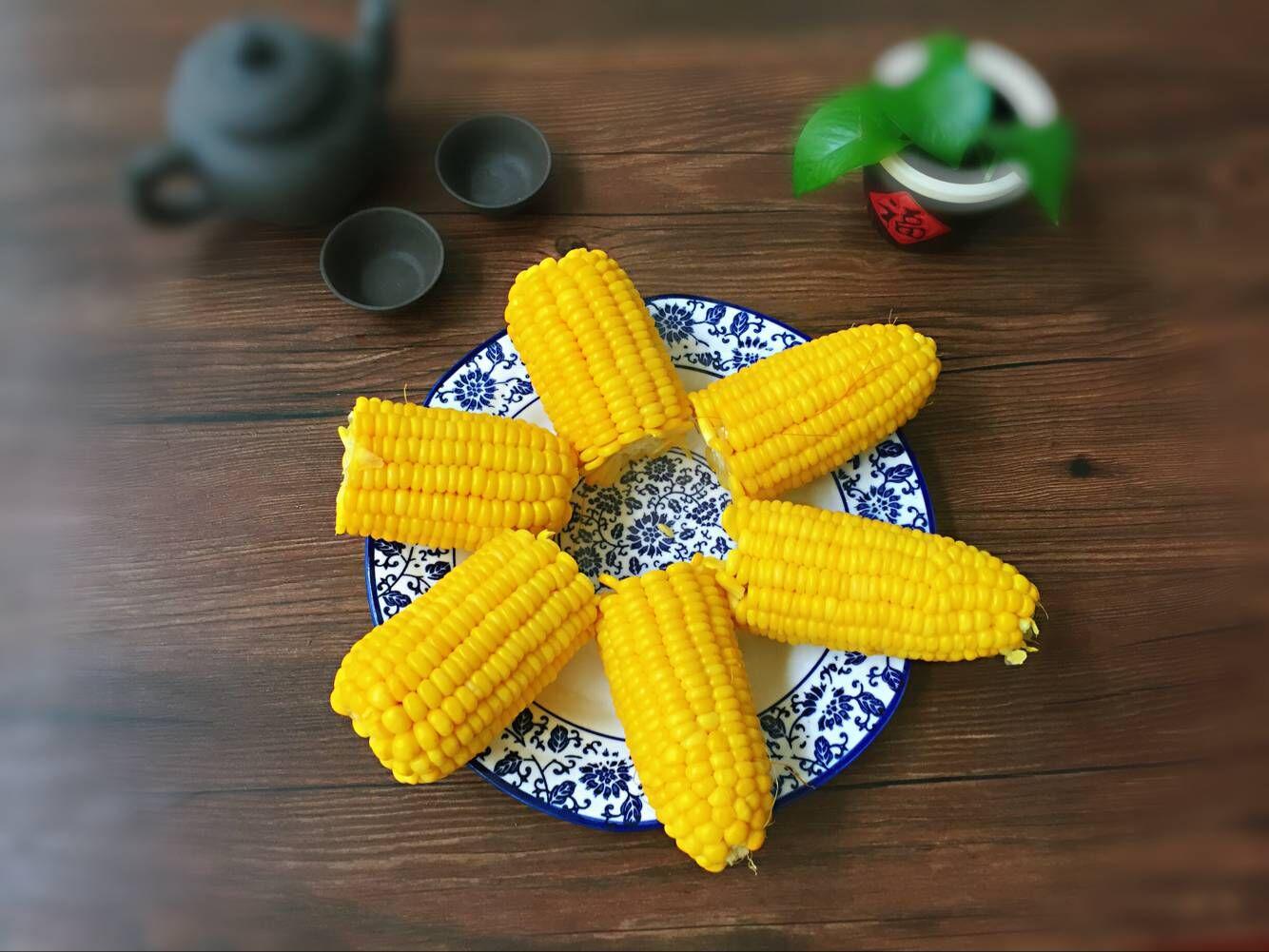 """煮玉米的时候放点""""它"""",保证玉米熟得快,香甜又可口,收藏了!"""