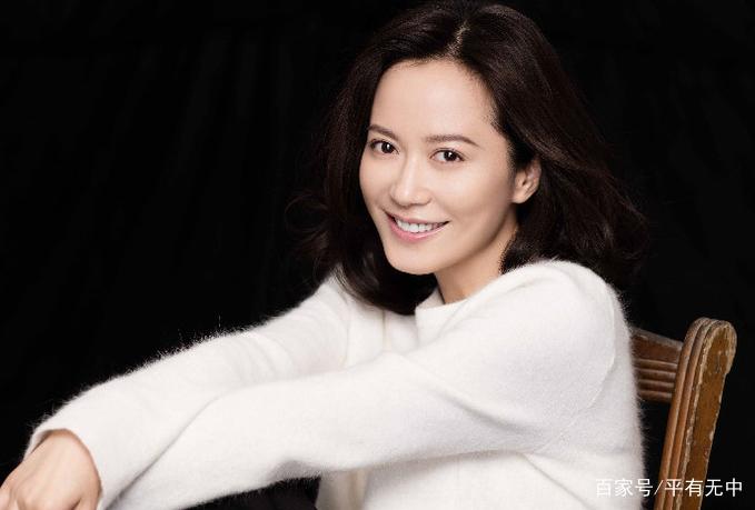 大陆电影明星_中国内地影视女演员,导演,毕业于北京电影学院表演系.