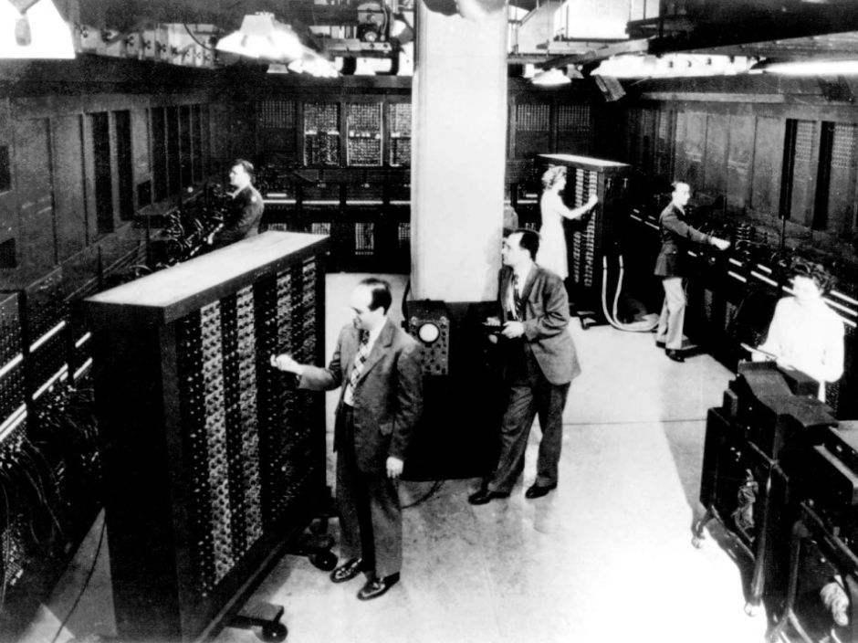 你知道世界上第一台电脑叫什么名字吗?