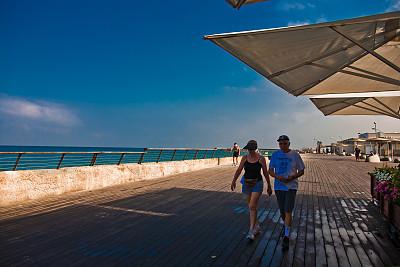 以色列特拉维夫美女的景色,风光真的太迷人了,有机v美女的DJ海滩图片