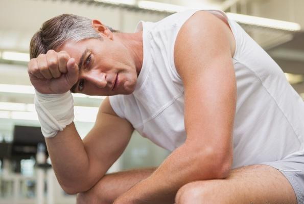 """男性晨起后,若""""第一泡尿""""有这3个特征,说明肾脏可能还蛮强壮"""