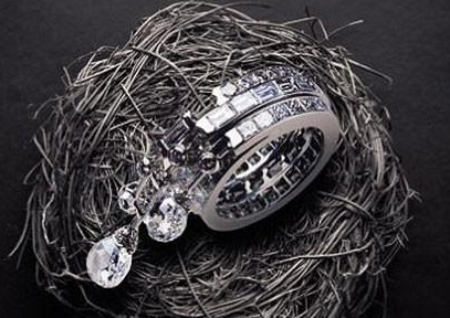 """女人最想要的十大奢侈品""""高级珠宝"""",网友:我就只要耳坠就好了"""