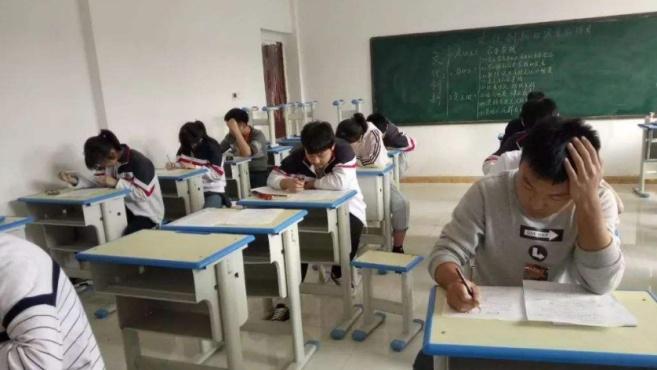 严控中小学生竞赛,教育部:加大对违规竞赛的查处力度