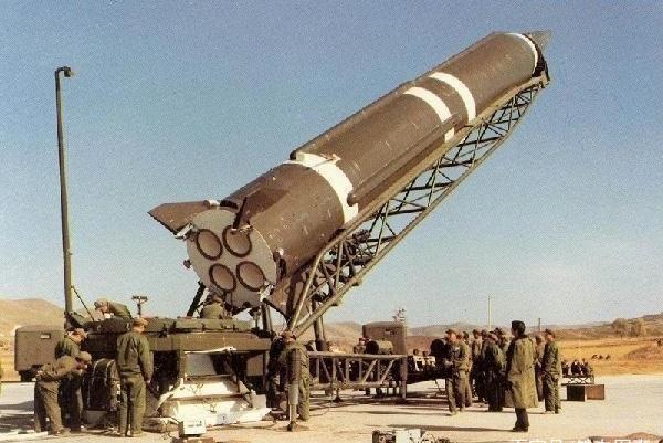这武器我国禁止出口,却只卖给了此国,35亿美元直接成交