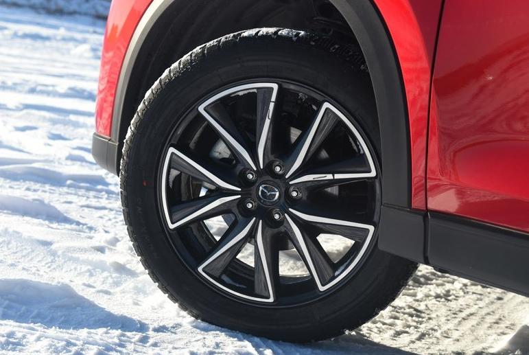 比CRV还要帅的SUV,百公里油耗5毛,全新升级标配8气囊