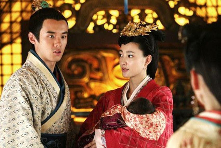 史上最无辜的太子,在位1年因俩女人被废,之后成就了一千古帝王