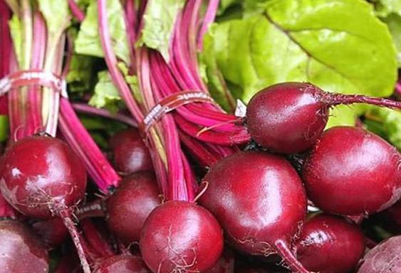 这个菜是天然的降压药,每天喝一杯,保护血管高血压病人很有效