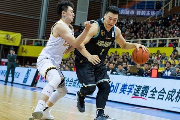连续两场25+,李根叩开国家队大门,男篮世界杯李楠该带上他!