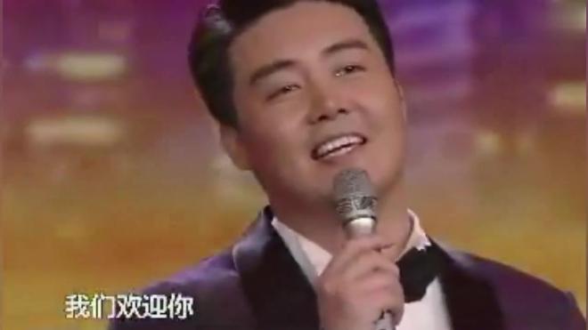 歌曲《北京欢迎你》演唱:黄鹤翔 林萍 石占明 张英席 王莹 马跃