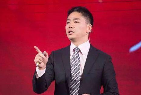 先宣布裁员10%,又带员工参观看守所,刘强东究竟察觉到了什么