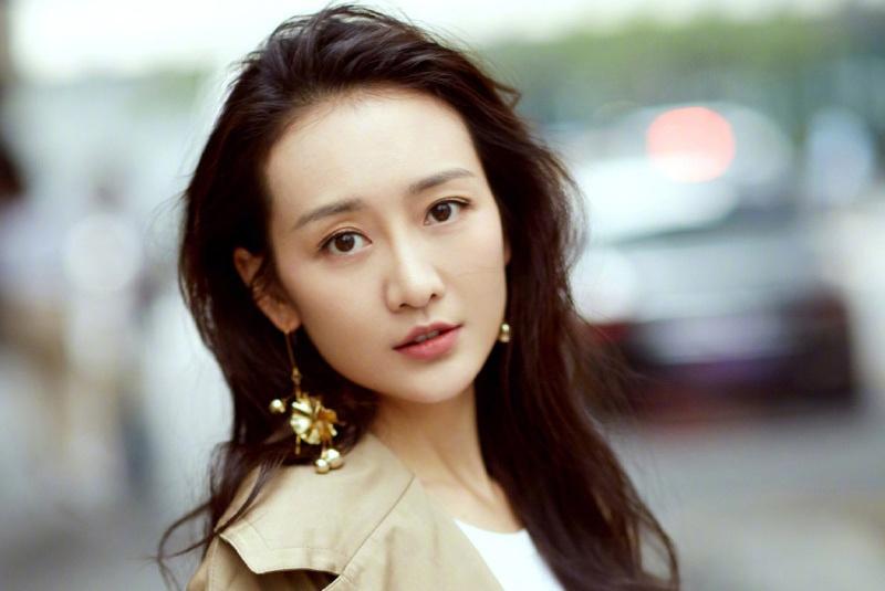 王鸥携手贾乃亮出演《推手》,网友:我们从《芝麻胡同》一路追来
