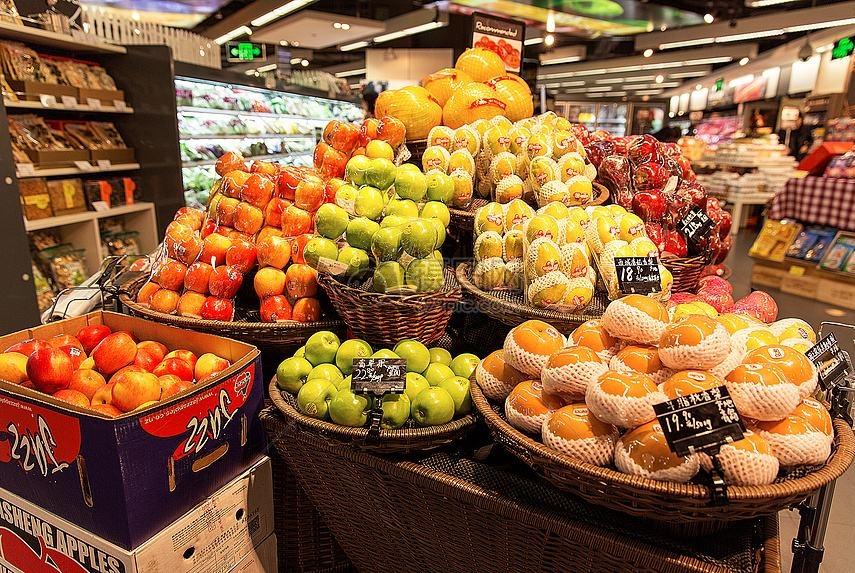 一棵榴莲树可结很多果,为何还那么贵?水果商给出的解释令人气愤