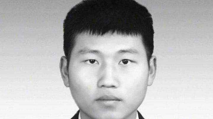 """""""95后苏州消防烈士刘磊"""",为救轻生跳水女子不幸牺牲,年仅22岁"""